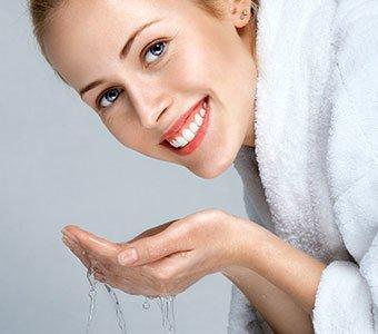 Reinigung und Pflege deiner Haut