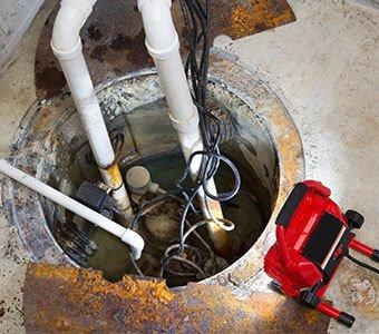 Aufnahme einer in den Boden eingelassenen Hebeanlage