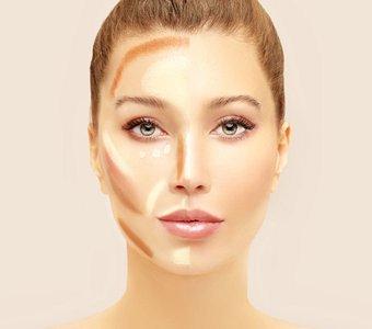 Junge Frau mit unverblendeter Konturierung auf einer Gesichtshälfte