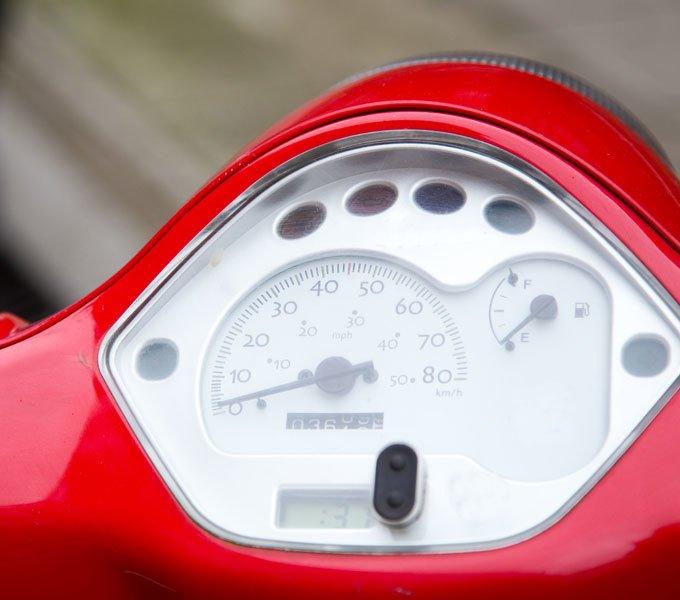 Tacho eines Motorrollers