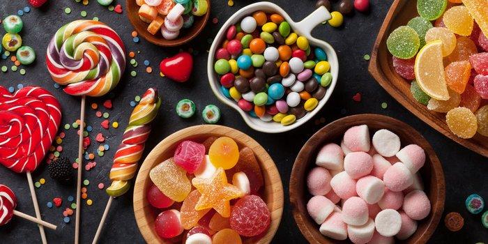 Bunte Auswahl an Süßwaren