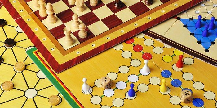 Mensch ärgere dich nicht, Schach und Mühle
