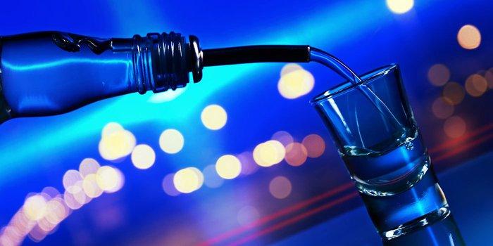 Gekühlter Wodka eignet sich ideal zum pur trinken