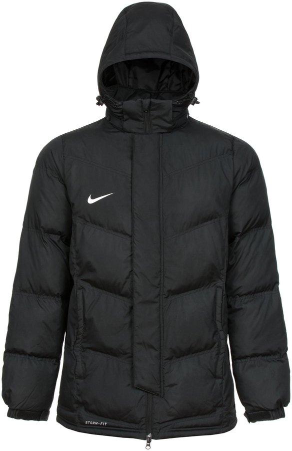 Gilt das als eine Winterjacke? (Mode, Nike, Winter)
